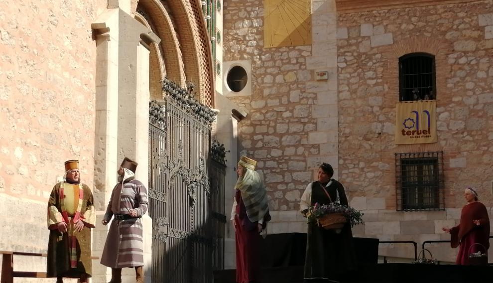Las escenas que resumen la historia ya se están representando en la plaza de la Catedral