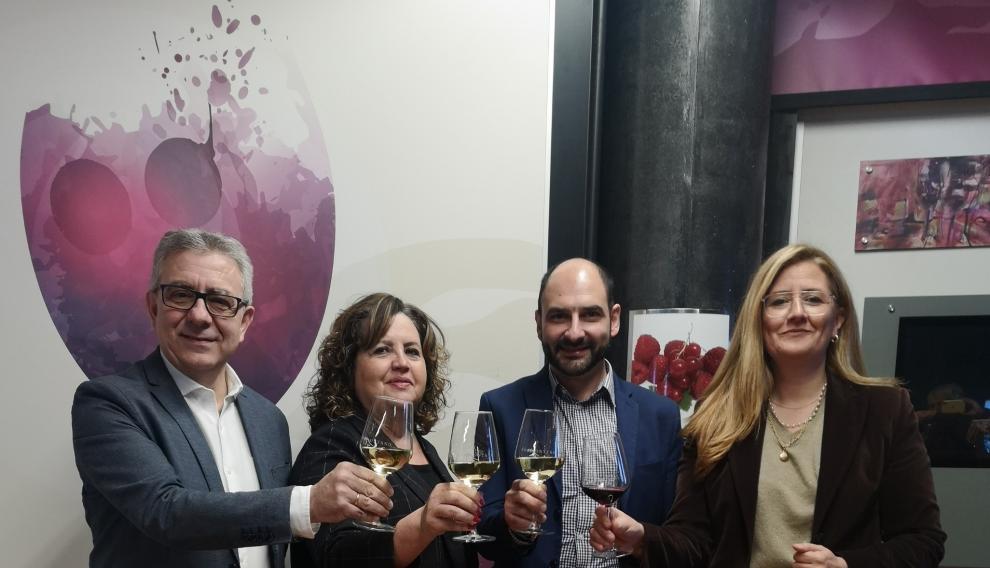Presentación del Bus del Vino Somontano.