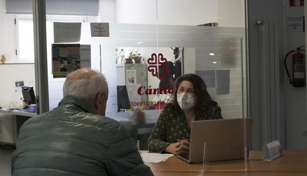 Oficina de Cáritas Diocesana de Zaragoza en el barrio de Delicias