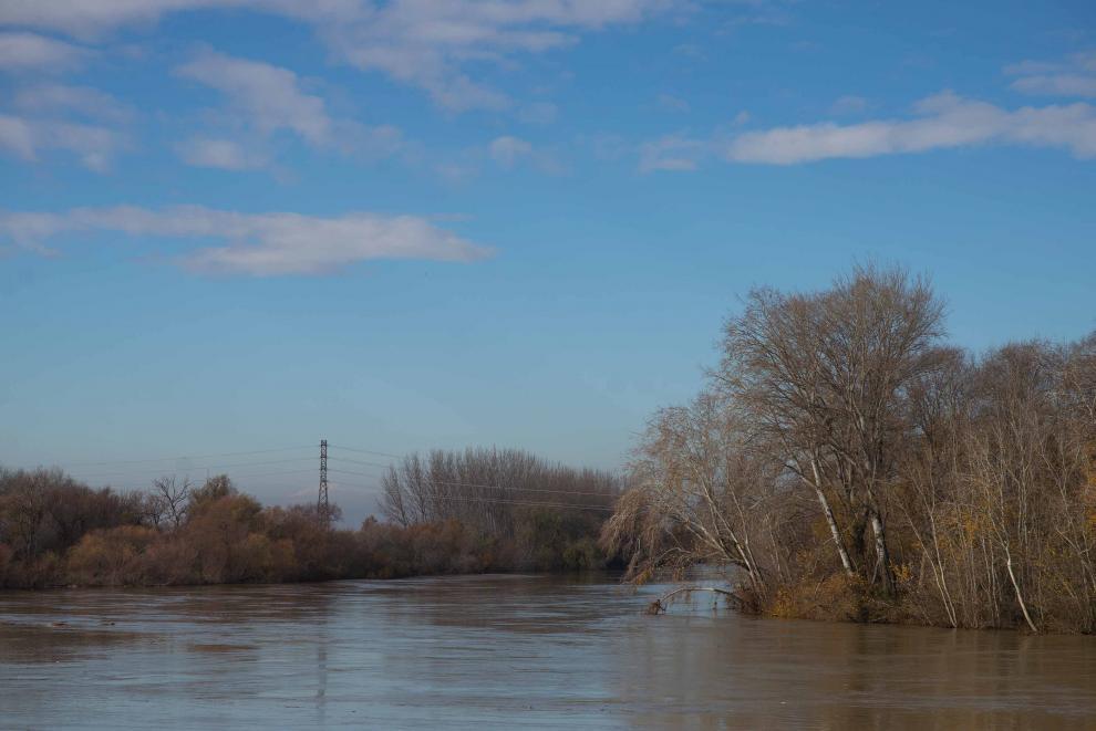 El río Ebro a su paso por Cabañas.