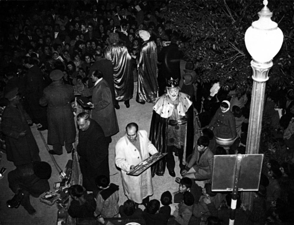 Los pradillanos celebraron la noche de Reyes en Tauste.