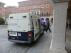 El furgón policial con los detenidos, a las puertas de los juzgados de Teruel.