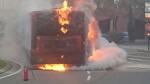 Incendio de un autobús en la plaza Mozart