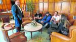 José Ramón Morro recibió en su despacho a miembros de la asociación Amigos de Iranzo.