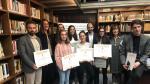 Foto de familia de los premiados en el Certamen Literario de Barbastro 2019.
