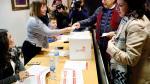 Adriana Lastra ha acudido a Oviedo a votar en la consulta del PSOE sobre el Gobierno de coalición con Podemos.