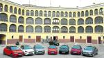 Los nuevos Corsas exhiben su poderío en un espacio emblemático, la plaza de toros de Tarazona.