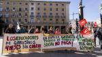 Protesta de los trabajadores de Gabinete Técnico frente al Ayuntamiento de Zaragoza.