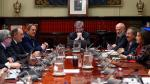El presidente del Consejo General del Poder Judicial (CGPJ), Carlos Lesmes (c), preside este jueves el pleno en el que evaluará la propuesta del Gobierno para nombrar fiscal general a la hasta este lunes ministra de Justicia, Dolores Delgado