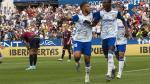 Luis Suárez celebra con Raphael Dwamena en tanto del ghanés ante el Extremadura en La Romareda en la 5ª jornada de liga (3-1 ganó el Real Zaragoza).