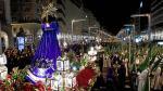 Paso de la procesión por la plaza de España