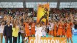 El CV Teruel celebra la séptima Supercopa en Los Planos.