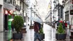 Desde la madrugada de este martes, la lluvia está refrescando las calles de Zaragoza