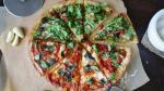 La dieta mediterránea es menos calórica y más rica en fibra, carbohidratos y micronutrientes.
