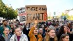 SENSITIVE MATERIAL. THIS IMAGE MAY OFFEND OR DISTURB People cheer as teen activist Greta Thunberg arrives on stage to deliver a speech after the climate strike march in Montreal, Quebec, Canada September 27, 2019. REUTERS/Andrej Ivanov [[[REUTERS VOCENTO]]] CLIMATE-CHANGE/STRIKE-CANADA