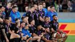 La selección de Nueva Zelanda posa con las medallas de bronce, en el Mundial de Japón de rugby