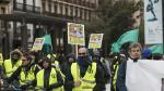 Protesta de los trabajadores de FCC por las calles de Zaragoza