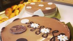 Mousse de tres chocolates, una receta de Le Petit Croissant.