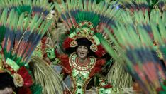 GRAF7301. Sao Paulo (Brazil), 03/03/2019.- Members of the samba school of Gavioes da Fiel special group take part in a parade of the carnival celebrations at the Anhembi sambodromo in Sao Paulo, Brazil, early 03 March 2019. (Brasil) EFE/EPA/SEBASTIAO MOREIRA Carnival celebrations in Brazil