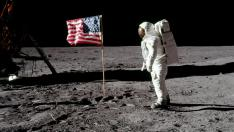 "FILE PHOTO: Astronaut Buzz Aldrin, lunar module pilot for Apollo 11, poses for a photograph besides the deployed United States flag during an extravehicular activity (EVA) on the moon, July 20, 1969. The lunar module (LM) is on the left, and the footprints of the astronauts are visible in the soil. Neil Armstrong/NASA/Handout via REUTERS/File Photo   ATTENTION EDITORS - THIS IMAGE HAS BEEN SUPPLIED BY A THIRD PARTY     TPX IMAGES OF THE DAY    PLEASE SEARCH ""50TH ANNIVERSARY OF THE MOON LANDING"" FOR ALL PICTURES [[[REUTERS VOCENTO]]] SPACE-EXPLORATION/"