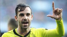Alberto Guitián celebra la consecución del 0-1 en La Coruña, el primer gol a balón parado del curso, anotado de cabeza a la salida de un córner.