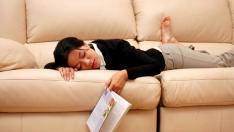 Dos de cada 3 españoles dedicarían entre 20 y 60 minutos a dormir la siesta a diario