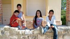 Los niños de la escuela de Jaulín. Solo dos iban a seguir estudiando en el pueblo