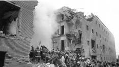 Atentado de ETA en la casa cuartel de la avenida de Cataluña en el que murieron once personas el 11 de diciembre de 1987.