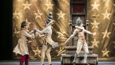 Representación de la obra 'Calígula', con la compañía aragonesa Nasú Teatro, en el Teatro Principal de Zaragoza