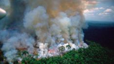 El centro de investigación espacial de Brasil, dijo que desde el jueves las imágenes satelitales detectaron 9.507 incendios forestales, principalmente en la cuenca del Amazonas.