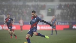Un momento del partido SD Huesca-Atlético de Madrid
