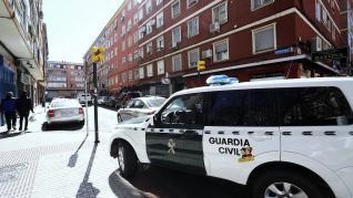 Operación de la Guardia Civil en el barrio de Las Fuentes.