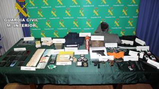 """Desarticulan una organización criminal especializada en dar """"vuelcos"""" a otros grupos que trafican con sustancias estupefacientes"""