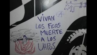 Pintadas amenazantes contra la Policía Local de Zaragoza en La Magdalena