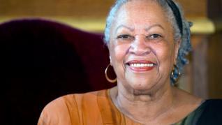 Muere la escritora Toni Morrison, premio Nobel de Literatura en 1993.