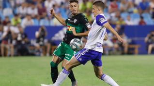 El Real Zaragoza se mide ante el Elche en La Romareda.