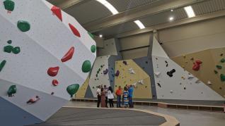 Abre sus puertas en Jaca la sala de Boulder más grande de España.