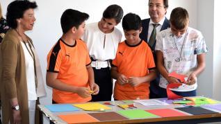 La Reina abre el curso escolar en Torrejoncillo (Cáceres)