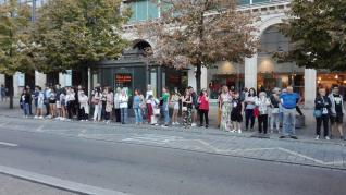 Colas en las paradas del autobús en Zaragoza