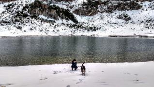Imágenes de nieve en el Pirineo oscense.