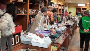 El mercado de Navidad de la AECC ha abierto ya sus puertas.