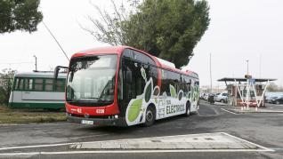 Los cuatro autobuses eléctricos de Zaragoza cumplen dos meses en servicio.