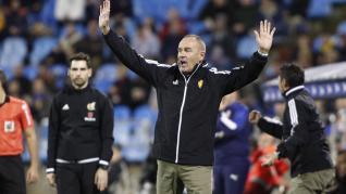 El Real Zaragoza y el Girona empatan a tres en La Romareda.