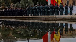 Izado de bandera en la plaza Colón de Madrid: Día de la Constitución