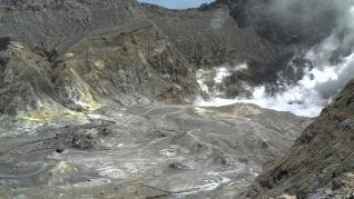 Imágenes de la erupción del volcán Whakaari (White Island) en Nueva Zelanda.