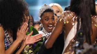 La sudafricana Zozibini Tunzi fue proclamada este domingo Miss Universo 2019 en una gala celebrada en Atlanta.