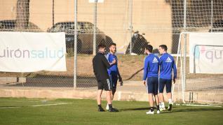 La plantilla del Real Zaragoza ultima los detalles del partido contra el Cádiz.