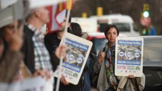 Los sindicatos docentes reclaman la reducción de la jornada lectiva.