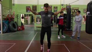 Ezequiel Gurría realiza el último entrenamiento con sparring, siendo el elegido el barcelonés Alejandro Moya, actual campeón de España de peso superligero, en el Gimnasio Serpabox de Zaragoza.
