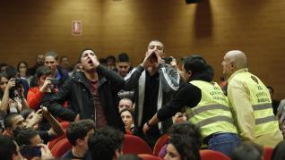 Pablo Iglesias y el exvicepresidente de Bolivia Álvaro García Linera en la Universidad Complutense